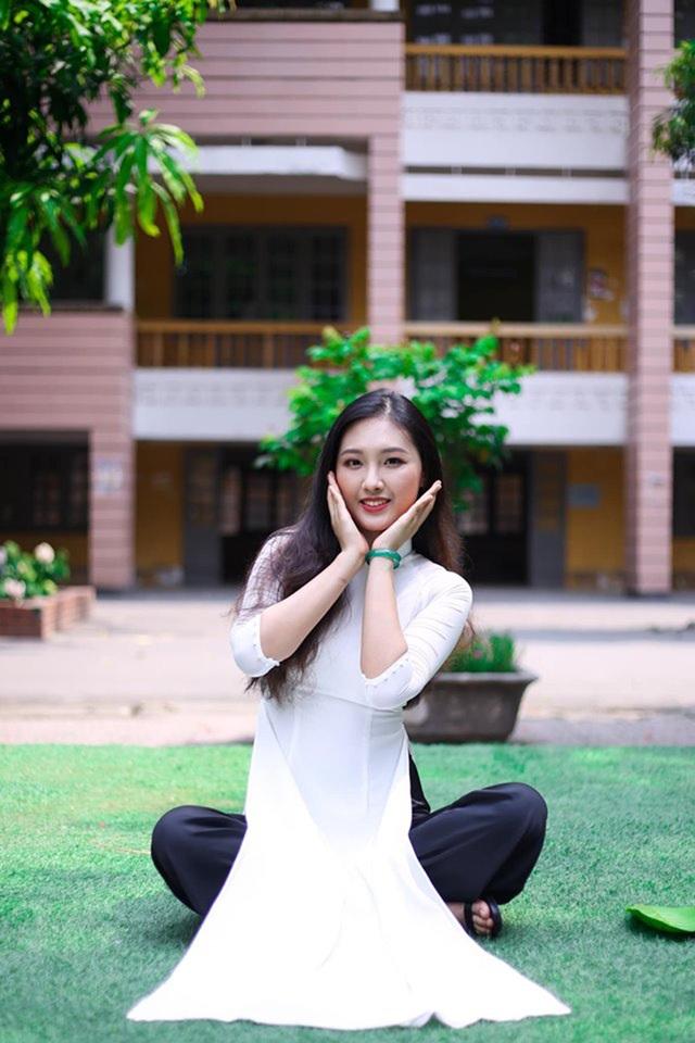 Hoa khôi Học viện Ngân hàng: Ít đi giày cao gót và vẫn ế vì... cao! - 4