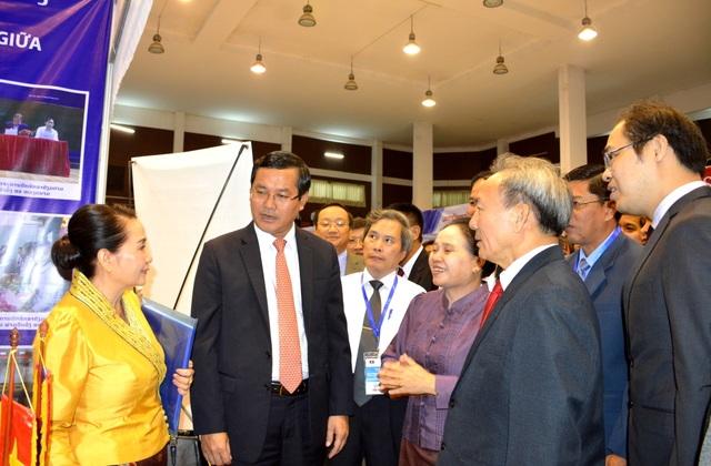 Diễn đàn nâng cao chất lượng đào tạo Việt Nam - Lào - 2