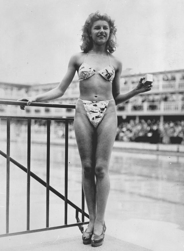 Những bộ đồ bơi nổi tiếng trong văn hóa đại chúng - 1