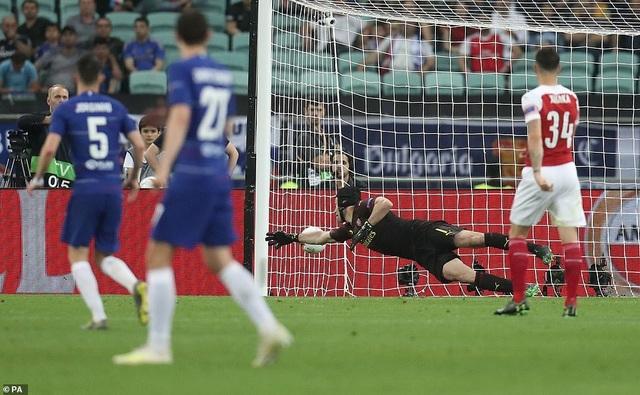 """Những khoảnh khắc Chelsea """"vùi dập"""" Arsenal để lên ngôi vô địch Europa League - 15"""