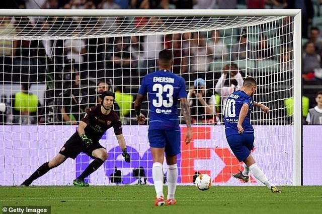 Eden Hazard nói lời chia tay Chelsea ngay khi đăng quang Europa League - 2