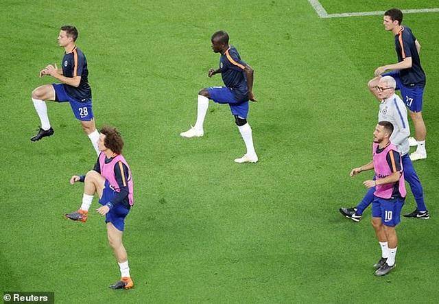 Vùi dập Arsenal, Chelsea giành chức vô địch Europa League - 17