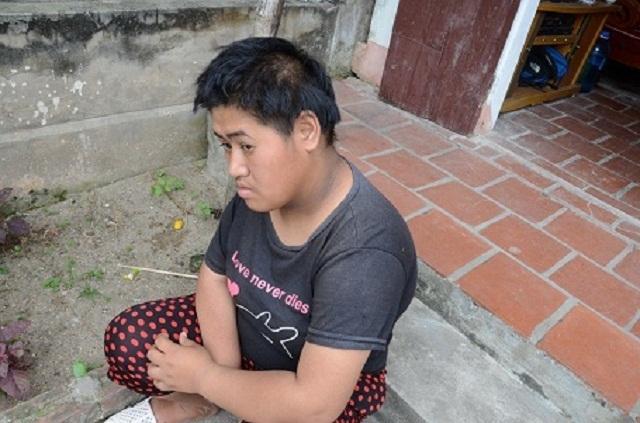 Xót xa chàng thanh niên bị suy thận vẫn cố sống lo cho người mẹ bệnh động kinh - 3