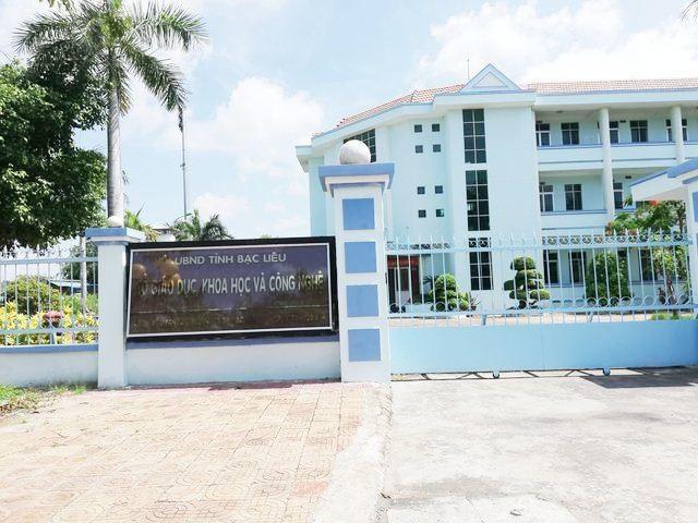 Phó giám đốc Sở Giáo dục Bạc Liêu bị giáo viên kiện: Vẫn chưa thể hòa giải! - 1