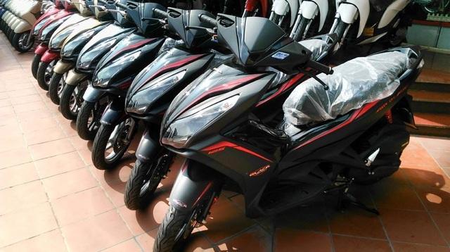 Nghịch lý hô hào cấm xe máy, dân vẫn đổ tiền mua hàng triệu chiếc - 1