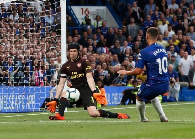 Để thủng lưới 4 bàn, Petr Cech vẫn được ngợi ca hết lời - 1