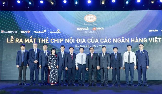 Vietcombank – Một trong 7 ngân hàng đầu tiên tại Việt Nam tiên phong triển khai thẻ chip nội địa - 4