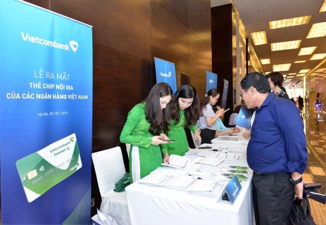 Vietcombank – Một trong 7 ngân hàng đầu tiên tại Việt Nam tiên phong triển khai thẻ chip nội địa - 8