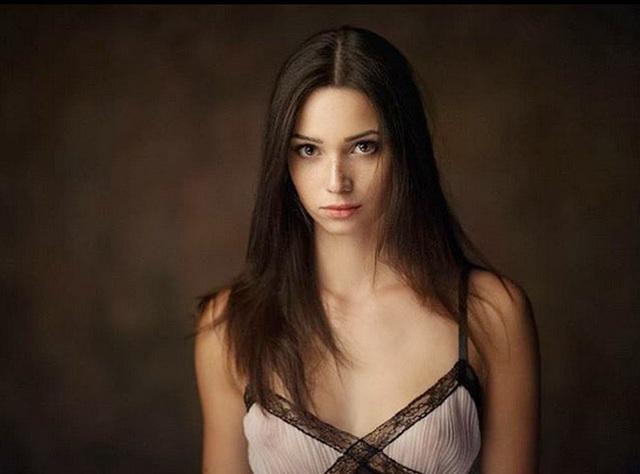 Chiêm ngưỡng vẻ đẹp của nữ sinh khoa Luật kiêm người mẫu nội y - 11