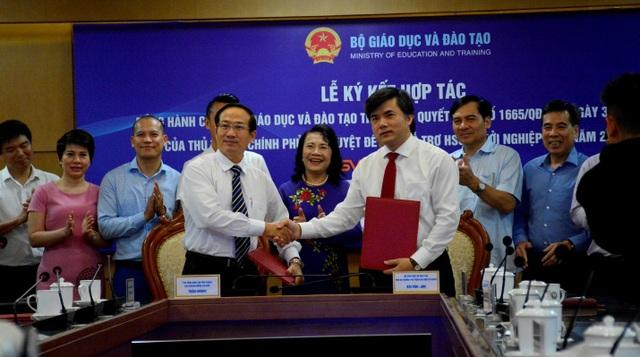 Bộ GDĐT ký kết hợp tác hỗ trợ học sinh, sinh viên khởi nghiệp - 2