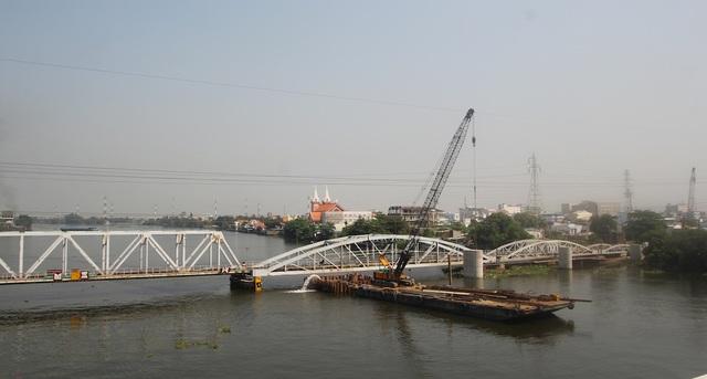 TPHCM muốn xây bến thủy nội địa để bảo tồn cầu Bình Lợi - 1