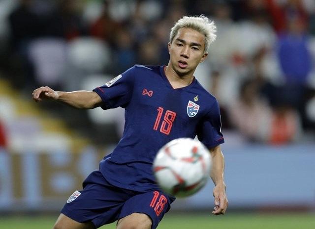 Chanathip Songkrasin bất ngờ chia tay đội tuyển Thái Lan trước King's Cup - 1