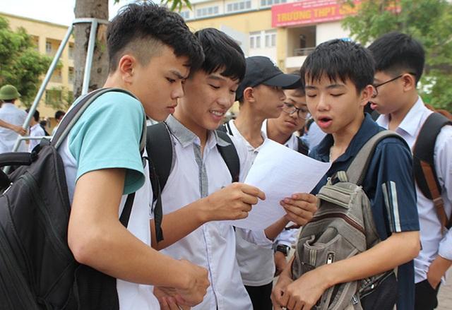 Thí sinh thú vị với đề thi Văn vào trường THPT Chuyên Hà Tĩnh - 3
