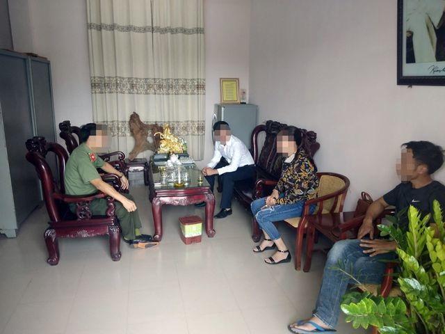 """Hai lao động từ Angola về nước tố cáo bị tú bà"""" người Hà Tĩnh hãm hại - 1"""