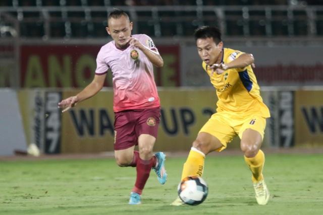 Sài Gòn FC hoà SL Nghệ An sau màn rượt đuổi tỷ số - 5