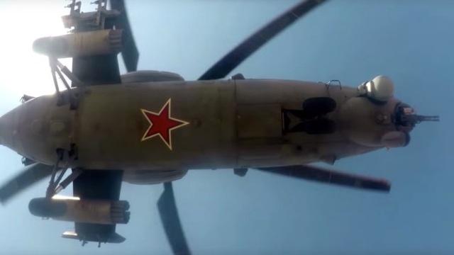 """Video dàn trực thăng """"sát thủ"""" của Nga nã hỏa lực trên bầu trời Crimea - 1"""