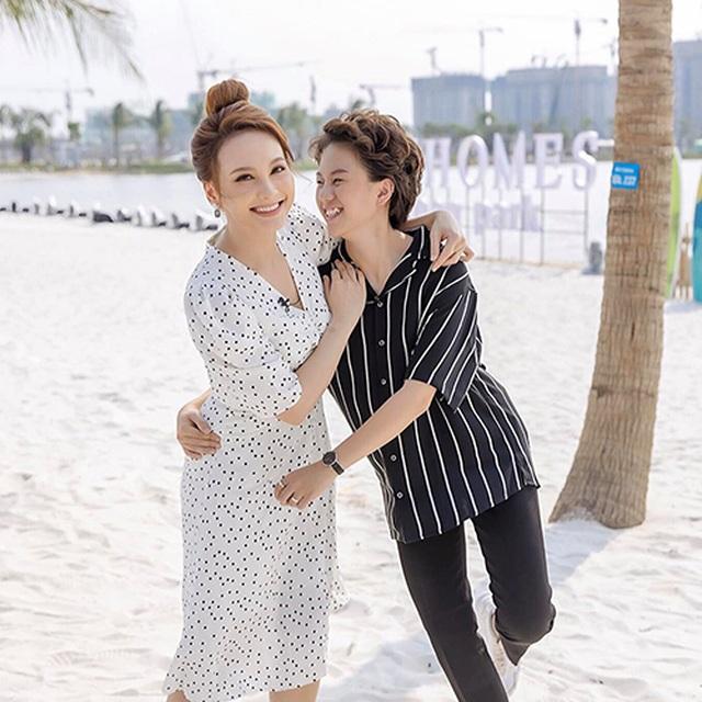 Quán quân Giọng hát Việt nhí Quang Anh khoe dáng cao như người mẫu - 16
