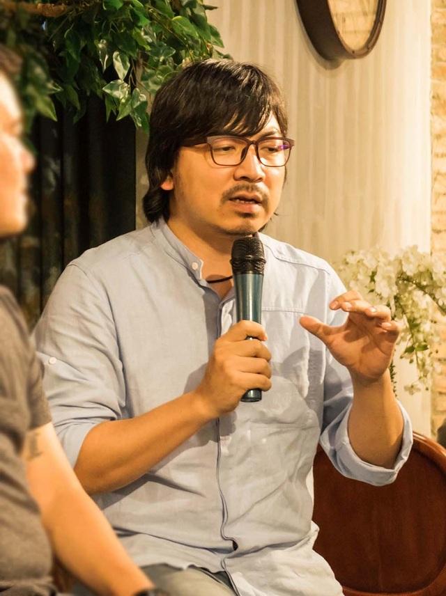 Nhạc sĩ Huy Tuấn, đạo diễn Đinh Tiến Dũng mang nhạc phòng trà đến với từng nhà - 1