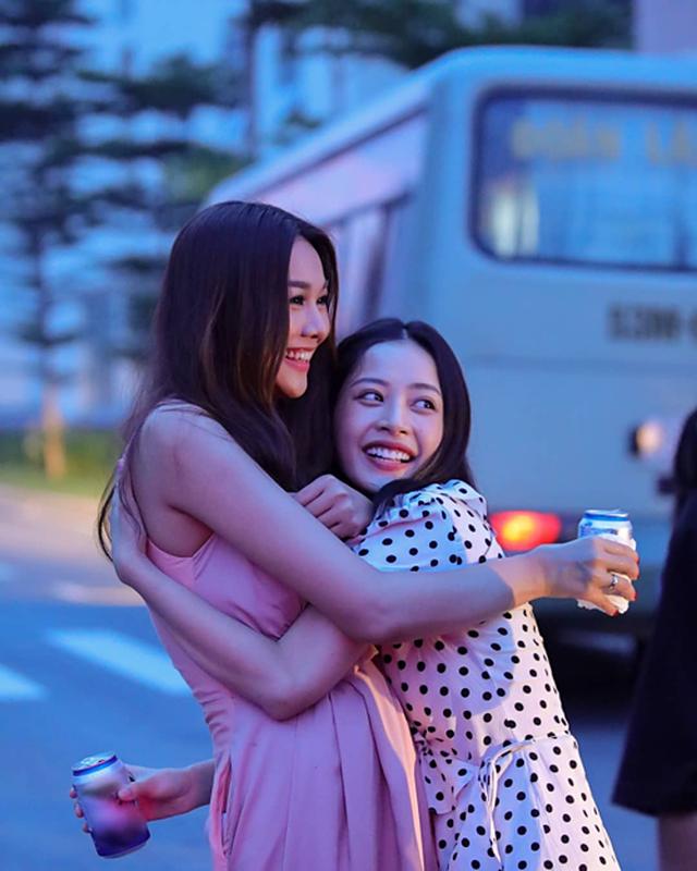 Quán quân Giọng hát Việt nhí Quang Anh khoe dáng cao như người mẫu - 10