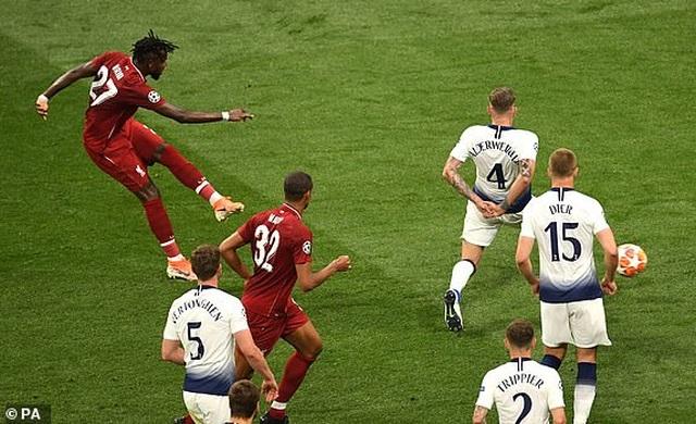 Nhìn lại chiến thắng ngọt ngào của Liverpool trước Tottenham - 21