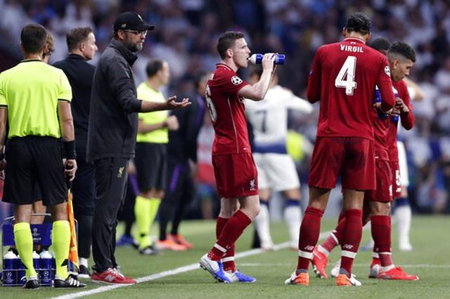 Nhìn lại chiến thắng ngọt ngào của Liverpool trước Tottenham - 17