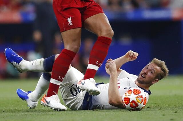 Nhìn lại chiến thắng ngọt ngào của Liverpool trước Tottenham - 18