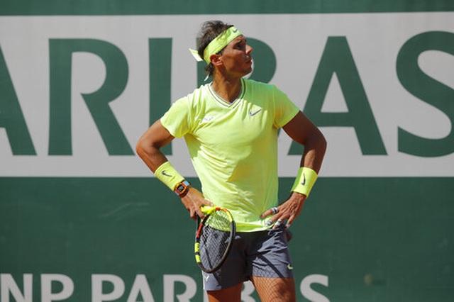 Roland Garros 2019: Nadal, Federer cùng vào tứ kết - 1