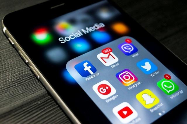 Du khách không thể xin visa Mỹ nếu không có tài khoản mạng xã hội rõ ràng.
