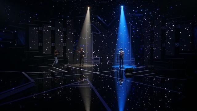 Nam MC VTV run run bật khóc trước Thu Phương - 13
