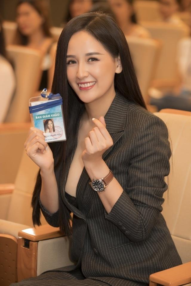 Sự trùng hợp bất ngờ giữa Hoa hậu Mai Phương Thuý, Tiểu Vy - 1