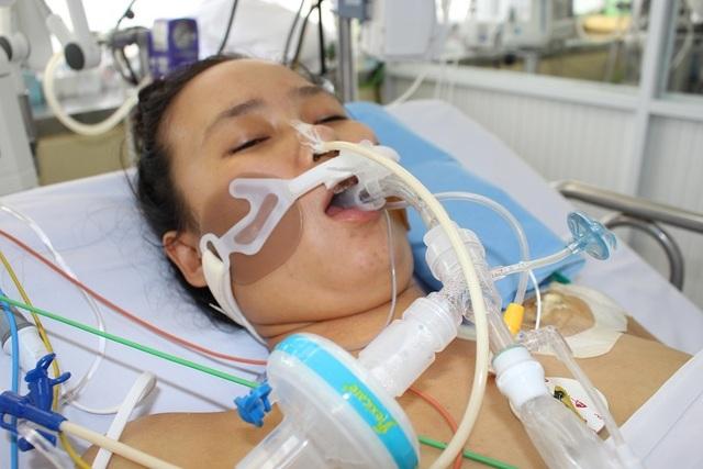 Cần gấp 300 triệu đồng cứu người phụ nữ tính mạng như ngọn đèn trước gió - 6