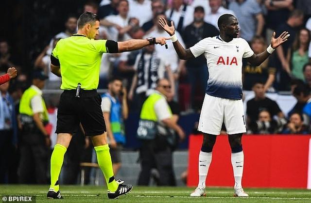 Trọng tài đúng hay sai khi thổi penalty cho Liverpool? - 5