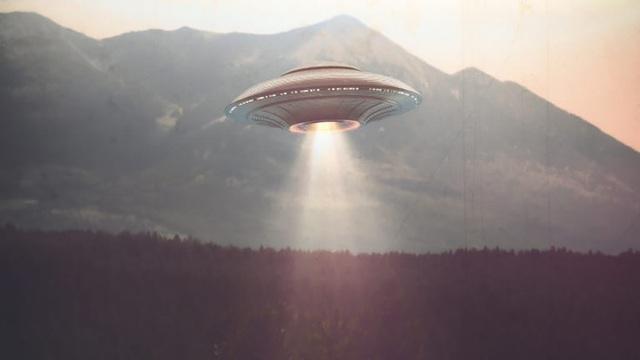 Phát hiện nhiều UFO xuất hiện tại Mỹ - 1