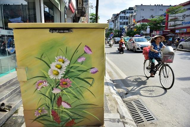 Gần 200 bốt điện ở Hà Nội biến hình đẹp như tranh - 12