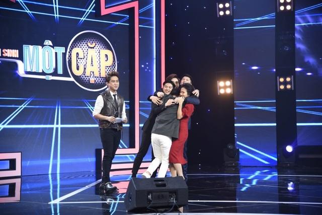 Nam MC VTV run run bật khóc trước Thu Phương - 9