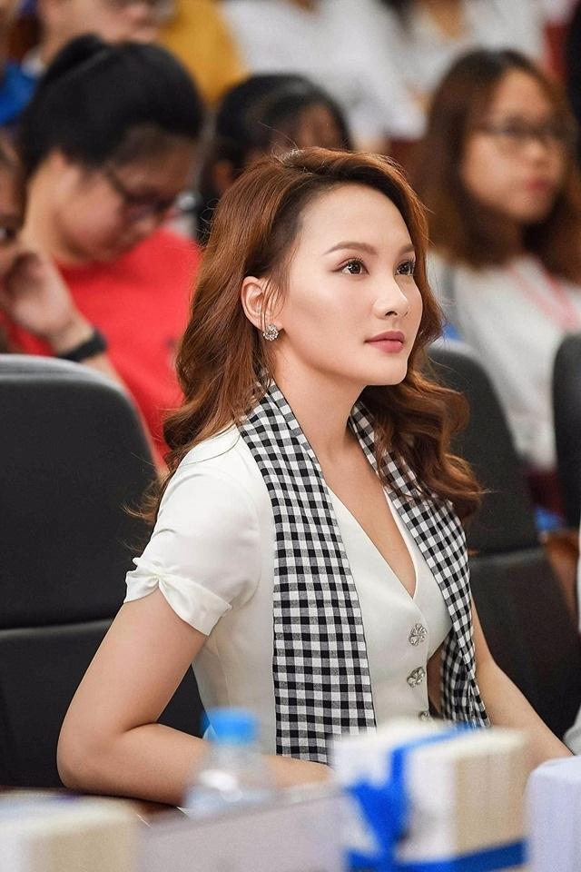 """Bảo Thanh Về nhà đi con tiết lộ từng giành Á khôi dù """"thấp, đen và xấu"""" - 6"""