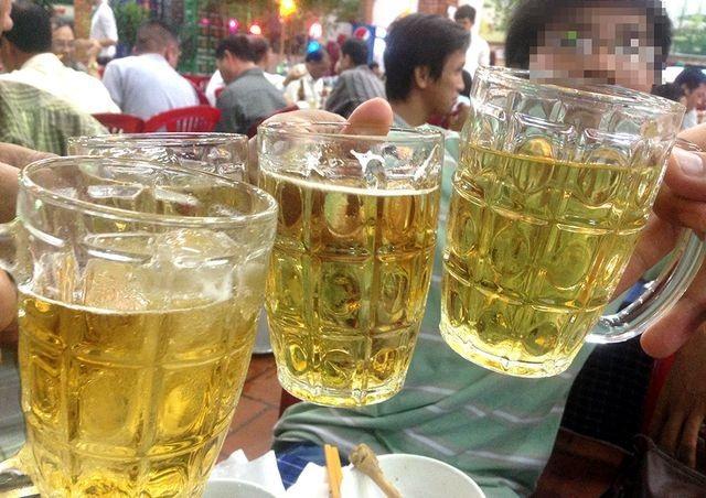 Quốc hội không bổ sung quy định hạn chế thời gian bán rượu bia - 2