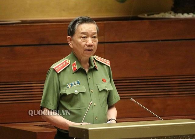 Bộ trưởng Tô Lâm: Mỗi bánh ma túy vào Việt Nam, 10 gia đình có người đi tù! - 6