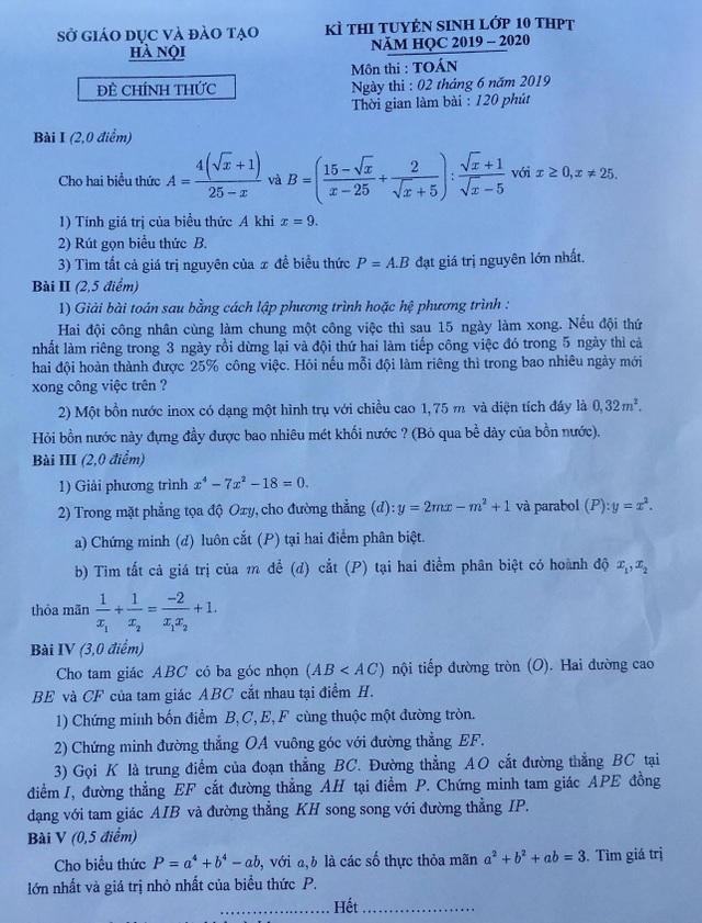 Vì sao học sinh thi vào lớp 10 Hà Nội khóc ròng khi tan thi môn Toán? - 1