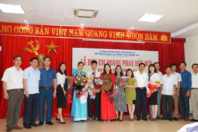 Nghệ An chào đón nam sinh đoạt HCB Olympic Tin học châu Á năm 2019 - 1