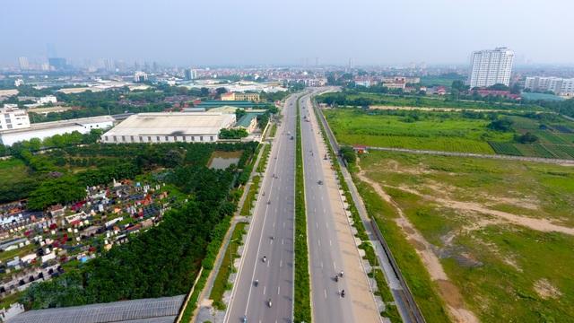 Đường 8 làn xe mới hoàn thành ở cửa ngõ Tây Bắc Hà Nội - 11