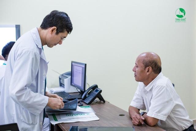 Hàng nghìn bệnh nhân tin tưởng tán sỏi không cần mổ tại Bệnh viện Thu Cúc - 2