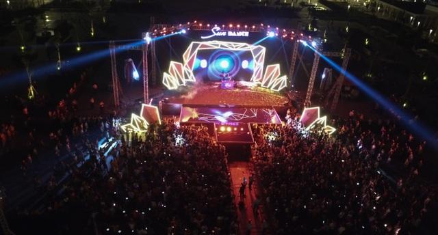 """Hút khách bằng chuỗi sự kiện - lễ hội, Quảng Ninh kích hoạt thêm """"ngòi nổ"""" cho du lịch? - 2"""
