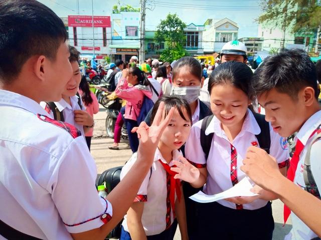 Tuyển sinh lớp 10 Cần Thơ: Đề Văn vừa sức, dễ lấy điểm 6-7 - 3