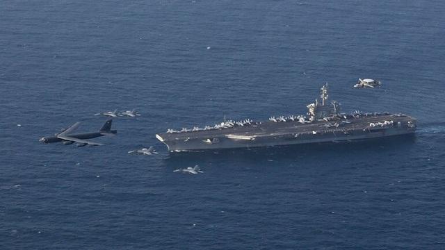 B-52, tàu sân bay Mỹ tập trận mô phỏng tấn công sát Iran - 1