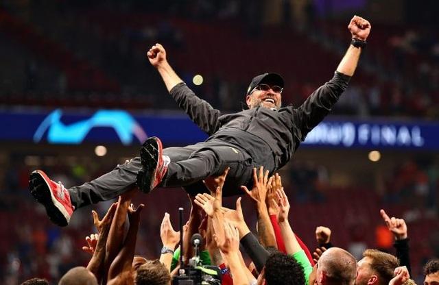 Vô địch Champions League, HLV Jurgen Klopp được trọng thưởng - 1