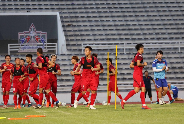 Đội hình nào cho đội tuyển Việt Nam trước cuộc đấu với Thái Lan? - 19