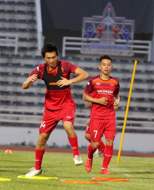 Đội hình nào cho đội tuyển Việt Nam trước cuộc đấu với Thái Lan? - 24