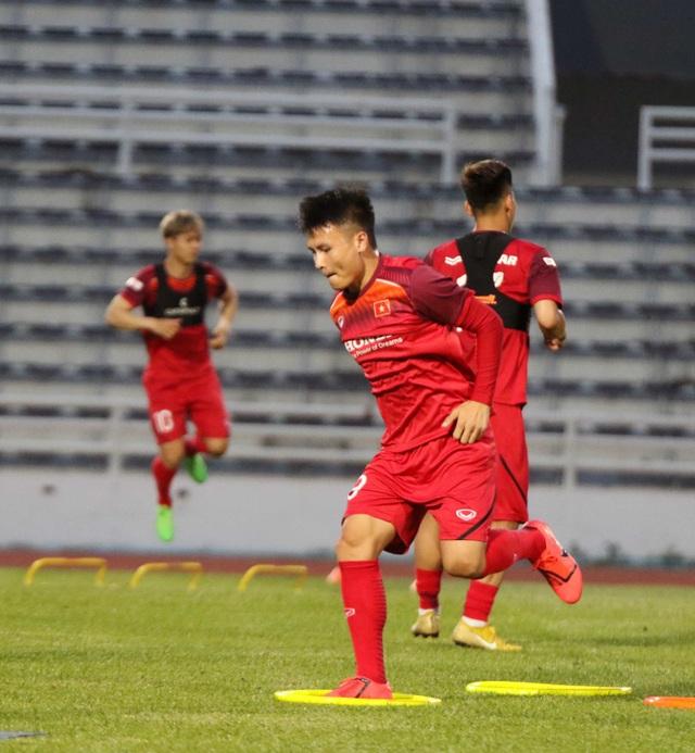 Đội hình nào cho đội tuyển Việt Nam trước cuộc đấu với Thái Lan? - 23