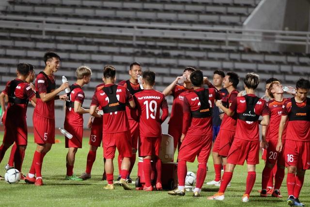 Đội hình nào cho đội tuyển Việt Nam trước cuộc đấu với Thái Lan? - 13